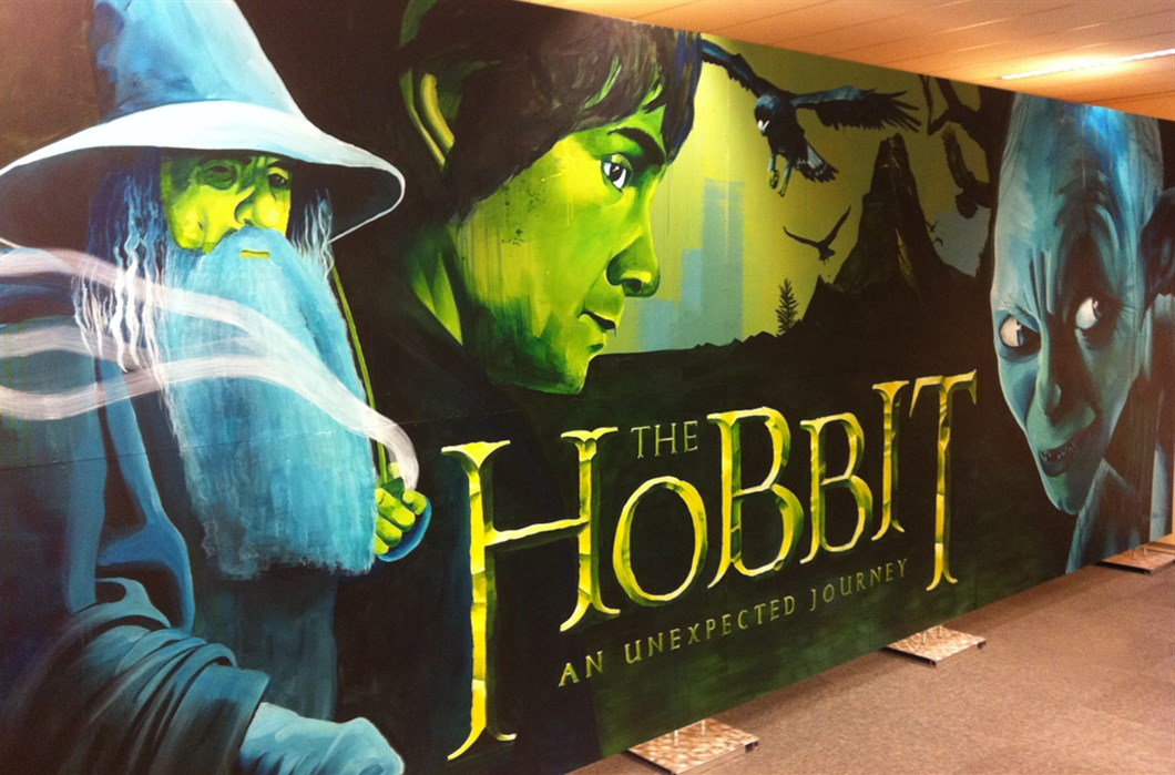 Painting_Warner_Bros_The_Hobbit_by_Shon_Price_-_Left.jpg