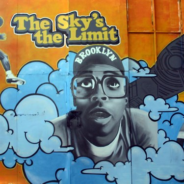 Shon_Price_-_Muurschildering_Wallpainting_Michael_Jordan_Mars_Blackmon_The_Skys_The_Limit.jpg