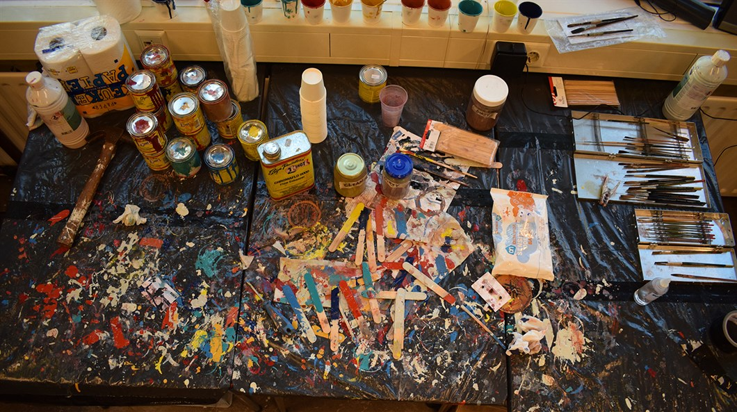 Shon_Price_The_Rolling_Stones_Hilfiger_Denim_Leather_Jackets_Paint_Table_1.jpg